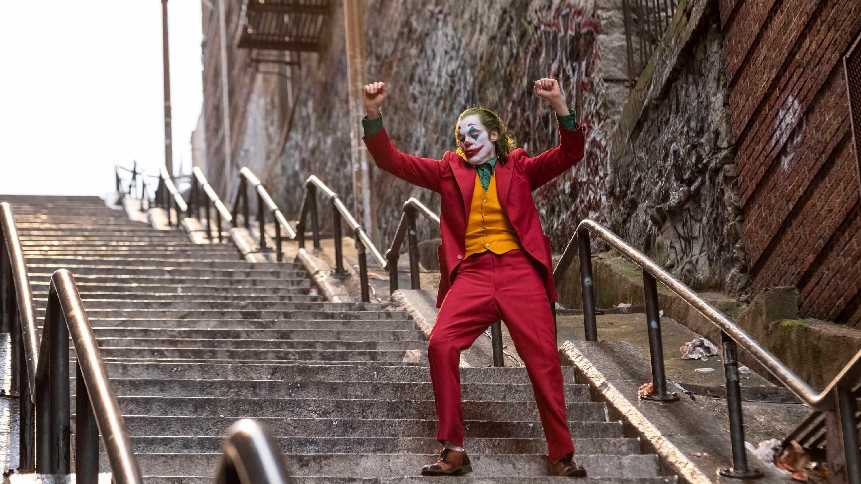Joaquin Phoenix beraksi dalam film Joker