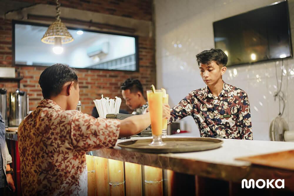 Desa-Desa Resto Resep Rahasia Bisnis Resto dan Kafe Masa Kini (3)