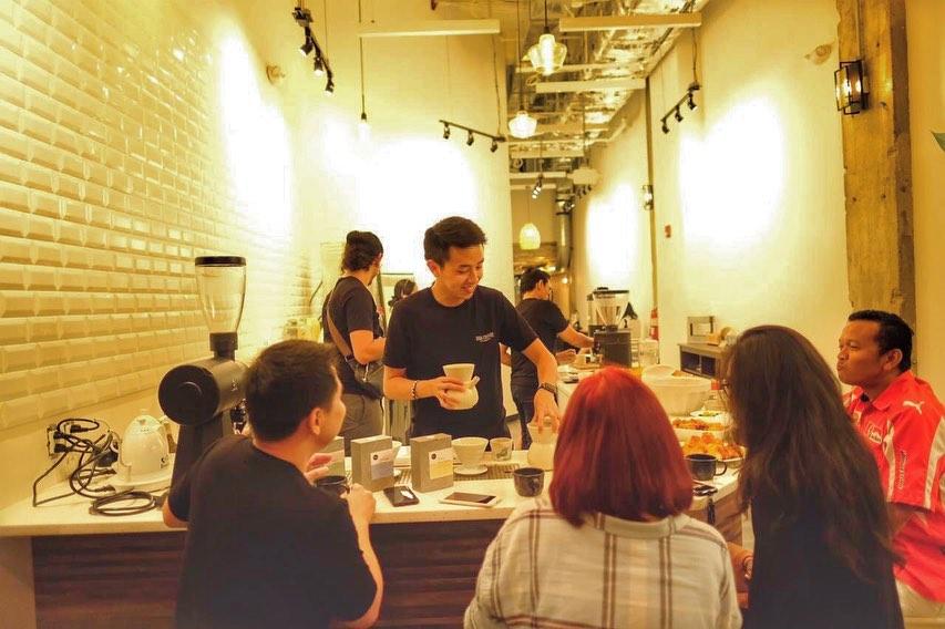 Dua Coffee Shop  membuka cabang kedai kopi di Amerika Serikat