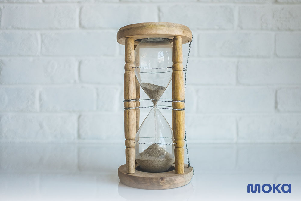 Hindari 7 Masalah Bisnis dengan Aplikasi Pembukuan Online - menghemat waktu (1)