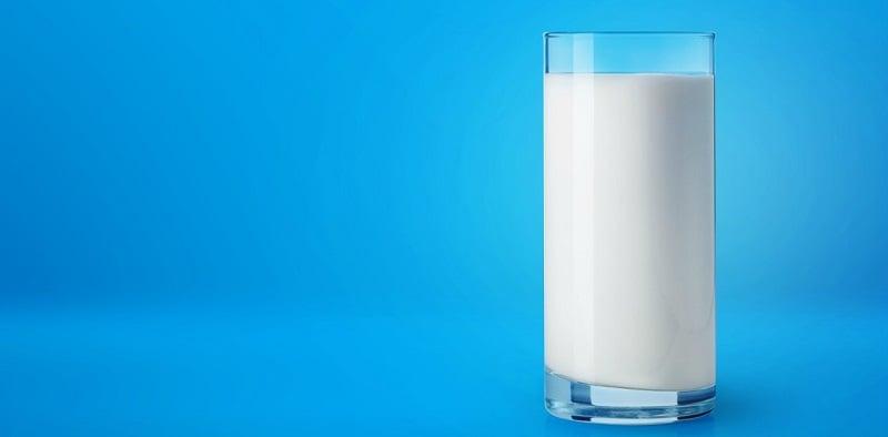 Susu - minuman yang harus dikonsumsi saat puasa