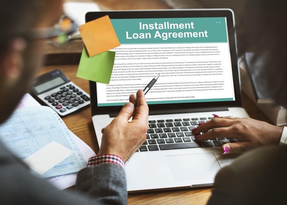 Pinjaman KTA vs Pinjaman Online? Cek Dulu Kelebihan dan Kekurangannya