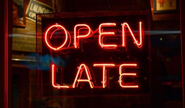jam berapa harusnya buka toko saat ramadhan