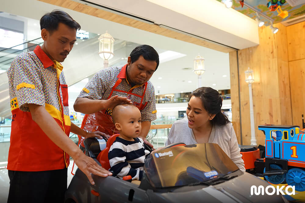 KiddyCuts, salon potong rambut anak-anak menerapkan mobile payment (2)