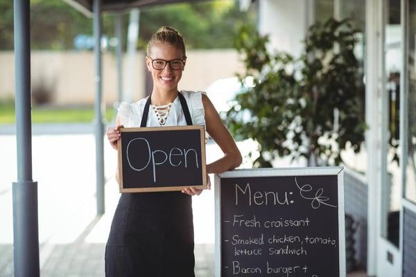 pentingnya buat menu restoran