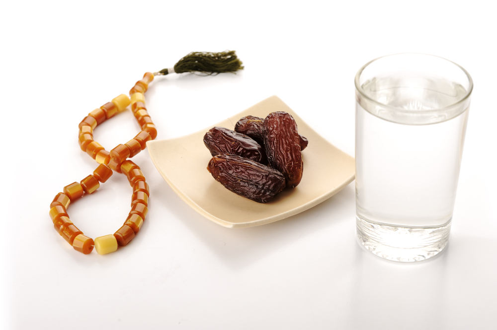 Preparing for Ramadan, water, dates and bead