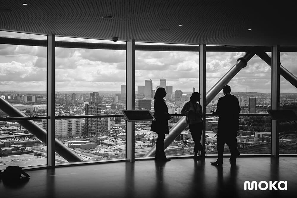 bekerja di kantor - membuka bisnis - 6 Tips Kelola Waktu Cuti Libur Lebaran Para Karyawan Anda