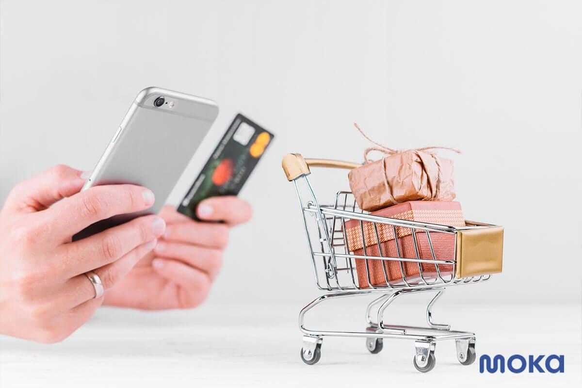belanja online dengan kartu kredit atau mobile payment - jenis perilaku pembelian