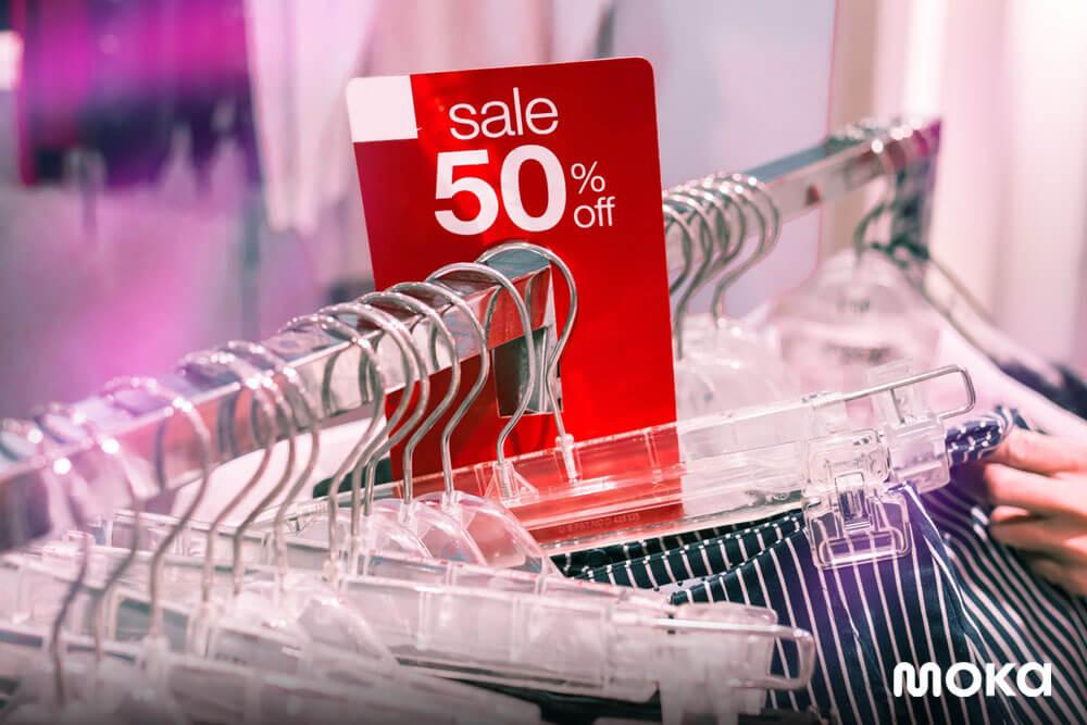 berikan penawaran diskon atau potongan harga - 9 Cara Ampuh Tingkatkan Loyalitas Pelanggan