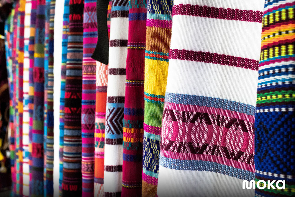 bisnis kain tenun (1)