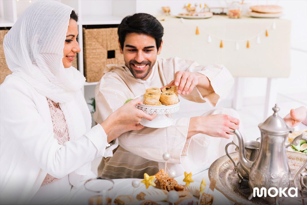 buka puasa bersama di bulan Ramadan - 25 Ucapan Selamat Menunaikan Ibadah Puasa di Bulan Ramadan 2021