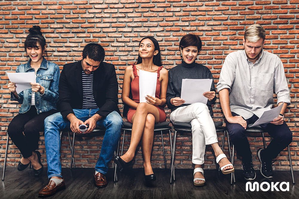 cashless society, anak muda - 9 Bisnis Sampingan Modal Kecil untuk Fresh Graduate - bisnis untuk fresh graduate