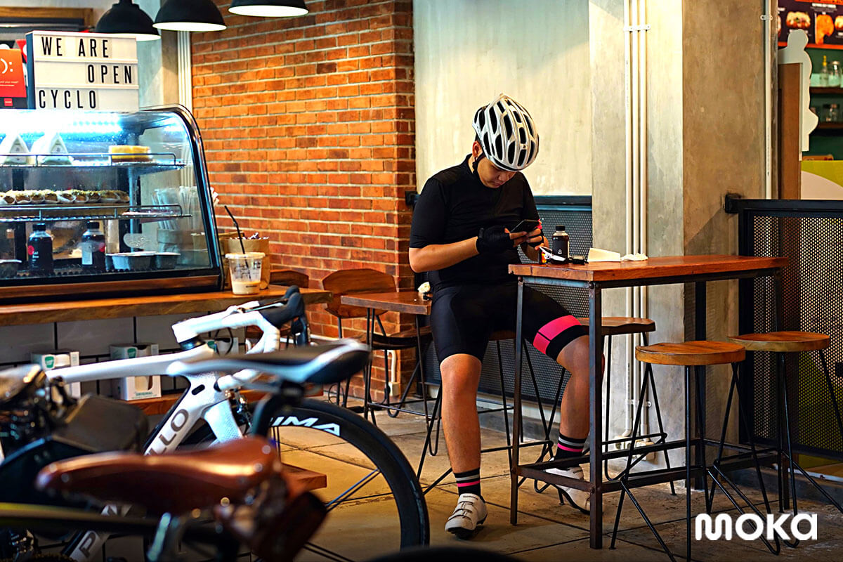 cyclo coffee & apparel coffee shop komunitas sepeda