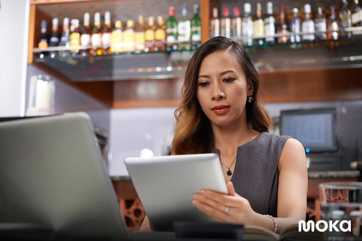 full service restaurant - memantau penjualan dari mana saja dan kapan saja - aplikasi kasir moka