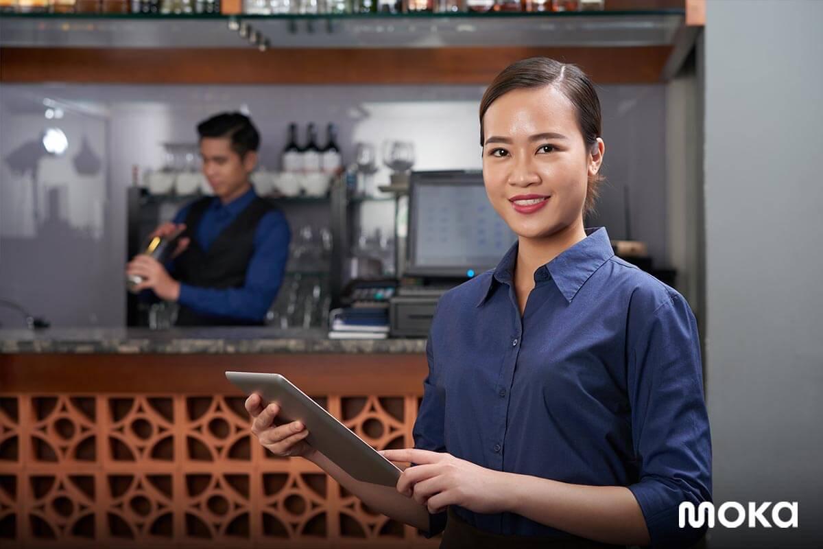 full service restaurant - memantau penjualan dari mana saja dan kapan saja - aplikasi kasir