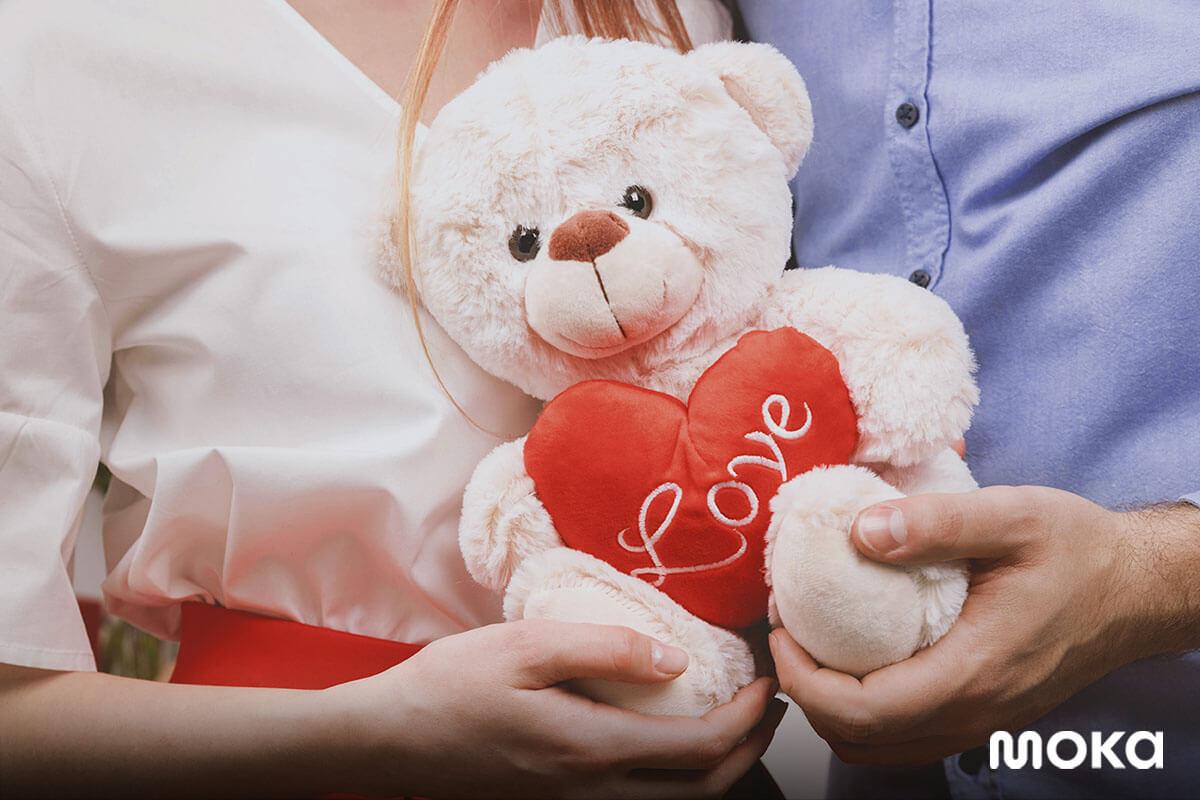 hari kasih sayang - valentines day- boneka - 13 Peluang Bisnis Sampingan di Hari Valentine