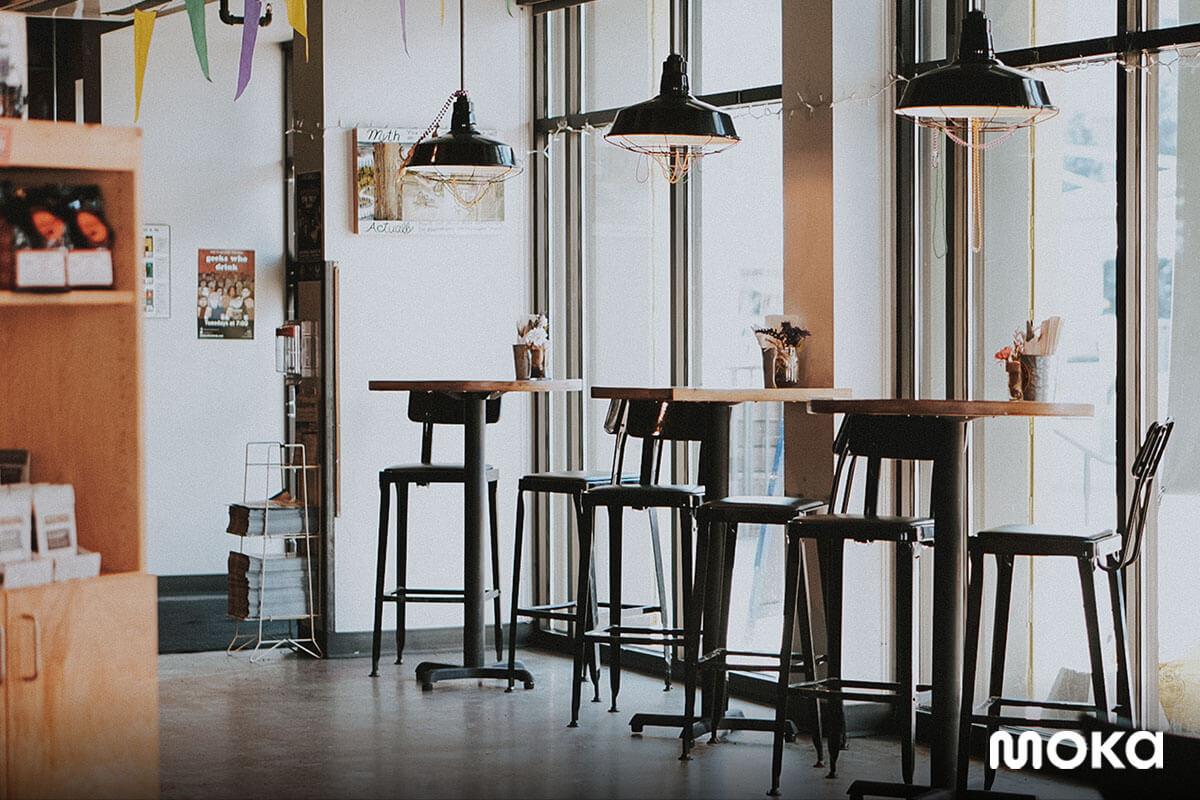 interior kedai kopi