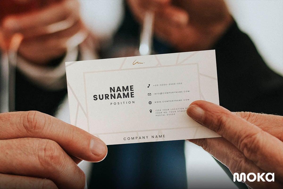 kartu nama bisnis perusahaan Anda