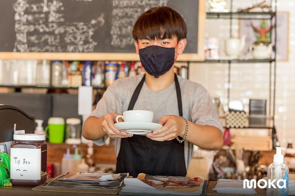 kedai kopi yang menerapkan protokol kesehatan dan keamanan-customer database