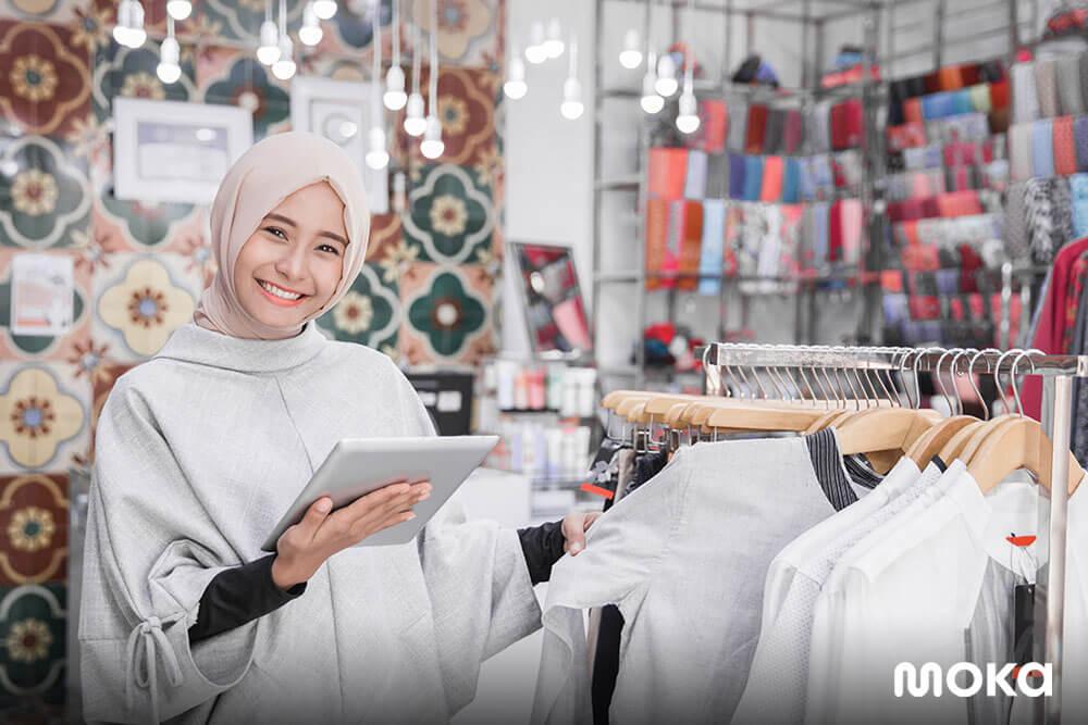 memanfaatkan aplikasi kasir untuk memudahkan operasional bisnis - Free E-book Strategi Jitu Memenangkan Pasar Fashion di Indonesia - hijab - E-book Bocoran Peluang Bisnis F&B, Retail, dan Servis pada 2020