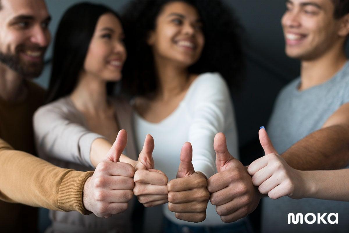 memberikan rating bagus untuk bisnis - testimonial - Strategi Promosi Penjualan Toko Online untuk Pebisnis Pemula