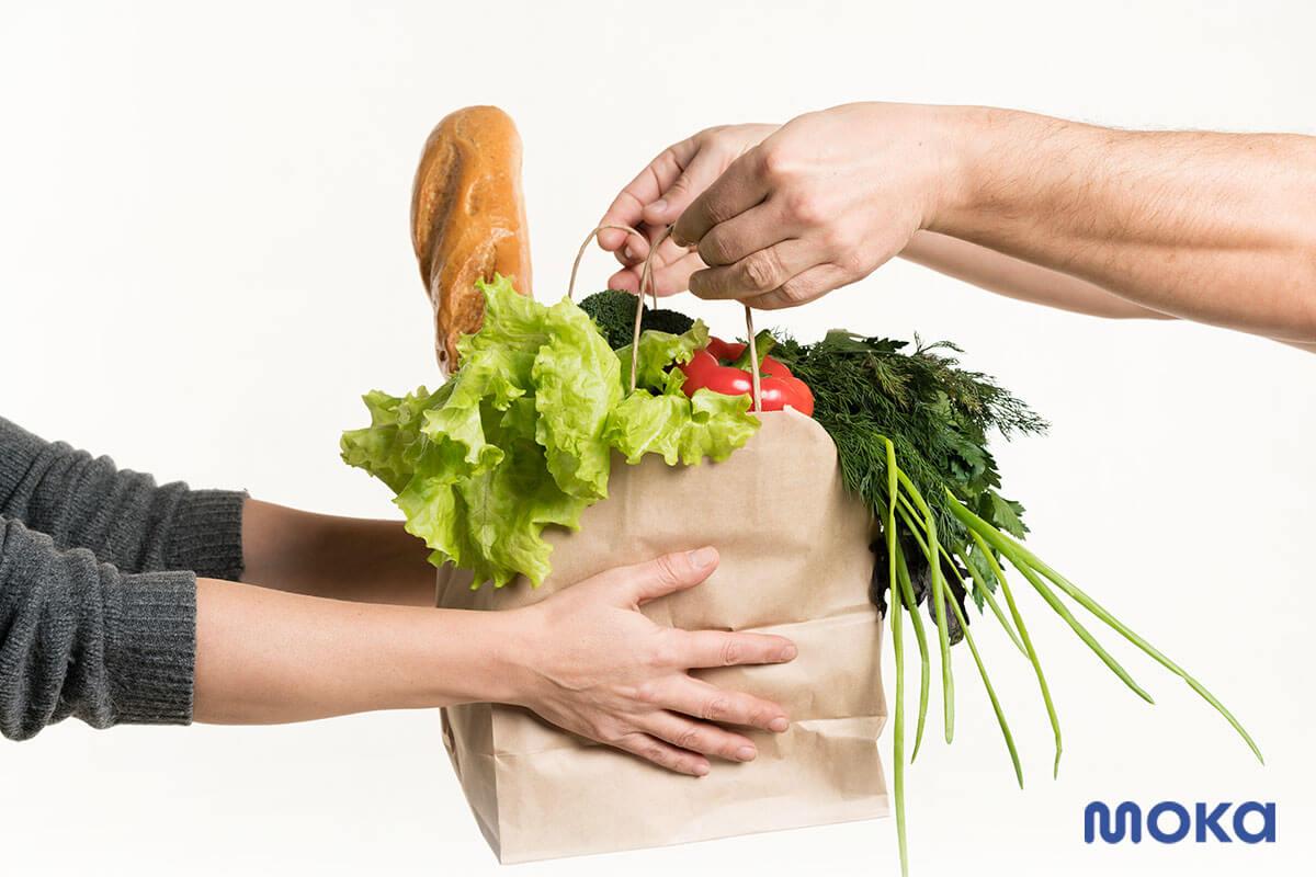 memesan atau membeli sayuran segar lewat online delivery (2)