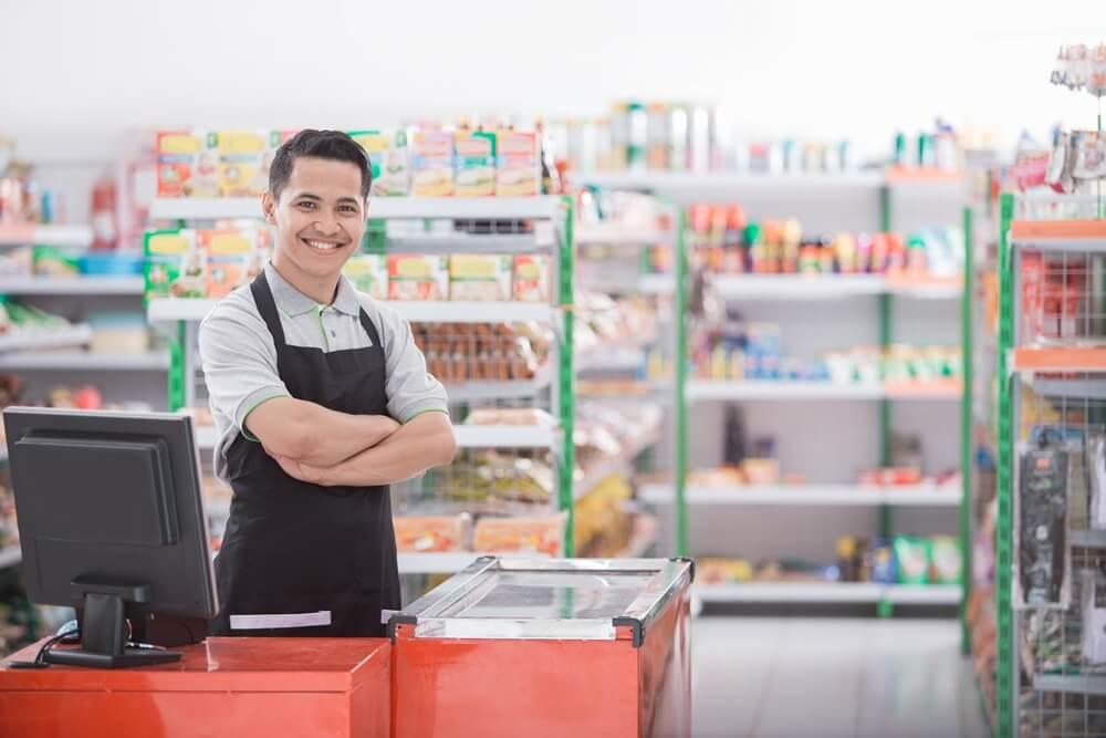 menjaga kebersihan toko kelontong - 7 Manfaat Aplikasi Pembukuan Toko untuk Bisnis Masa Kini - 5 Tips Membuka Cabang Usaha Baru