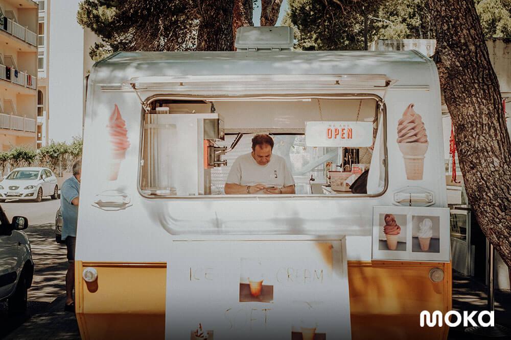 menjalani bisnis food truck (1)