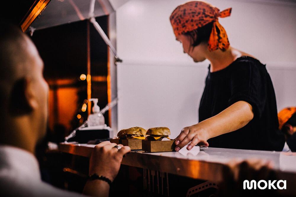 menjalani bisnis food truck (8)