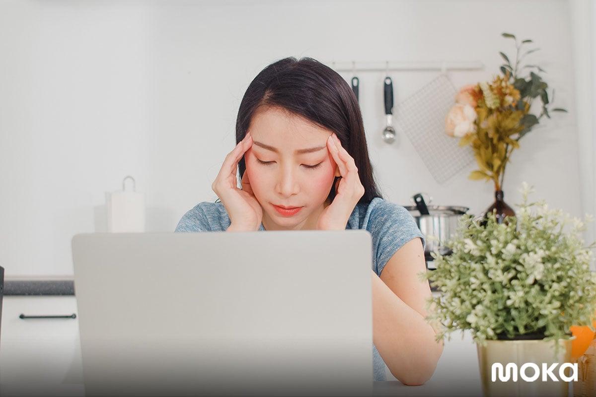 stres bekerja terus - butuh cuti - 12 Keuntungan dan Kerugian Work From Home, Apa Saja?