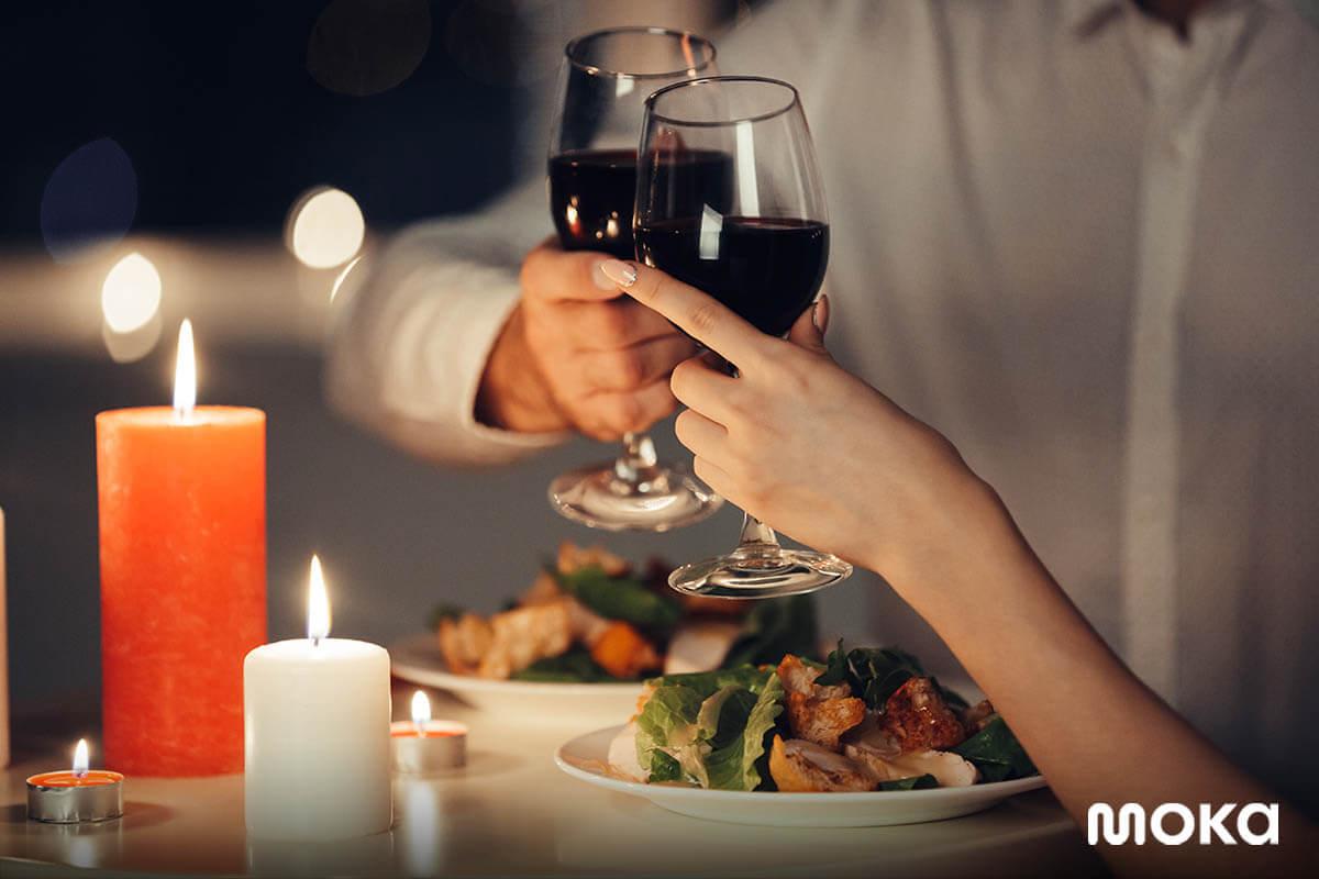 valentine - hari kasih sayang - makan malam romantis